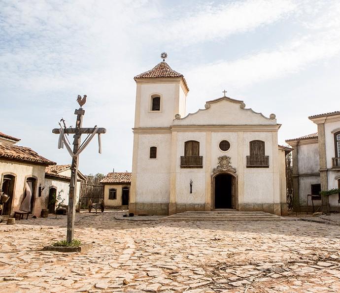 Na cidade cenográfica nos Estúdios Globo, foi montada a cidade de Vila Rica (Foto: Felipe Monteiro / Gshow)