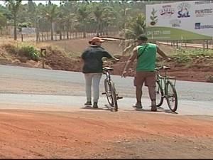 Pedestres precisam de mais atenção ainda (Foto: Reprodução/TV Integração)