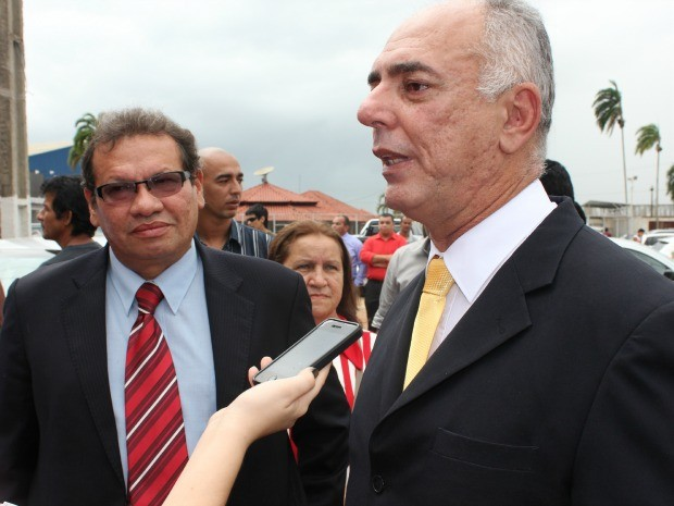 Mauro Nazif e Dalton de Franco, tomaram posse como prefeito e vice-prefeito de Porto Velho nesta terça-feira (1) (Foto: Ivanete Damasceno/G1)