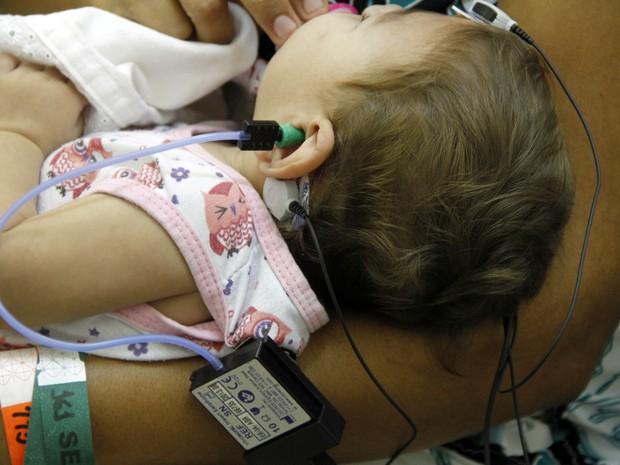 Segunda etapa de mutirão da Secretaria de Saúde de Pernambuco para avaliação de bebês com suspeita de microcefalia (Foto: Miva Filho/Divulgação)
