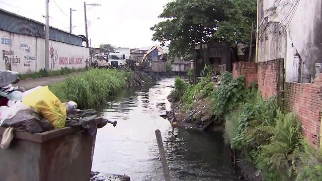 Começam os reparos na Avenida Augusto Severo  (Foto: Reprodução/TV Tribuna)