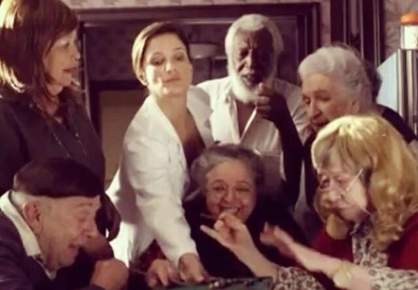 Em Doce de Mãe, Antoniela Canto interpreta a enfermeira da casa de repouso de Dona Picucha (Foto: Reprodução/Redes Sociais)