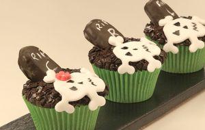 Cupcake Halloween de brigadeiro de coco com abóbora