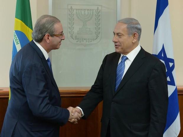 Eduardo Cunha cumprimenta primeiro-ministro israelense Benjamin Netanyahu (Foto: divulgação Câmara dos Deputado)