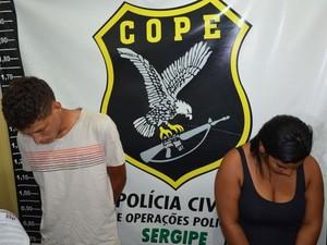 Dupla não quis falar com a imprensa sobre o esquema criminoso (Foto: Marina Fontenele/G1)