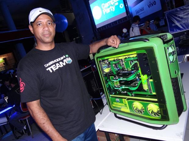 Case mod é hobby do analista de sistema Mário Viana. (Foto: Luna Markman/ G1)