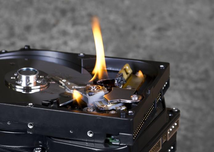 HD queimando (Foto: Pond5)
