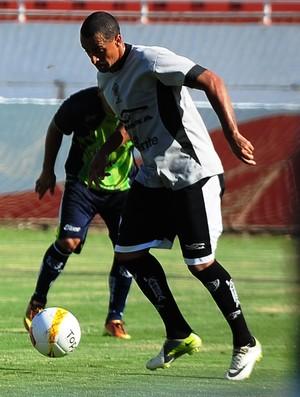 Pedrão Rio Branco-SP Tigre (Foto: Bruno Carreño / Rio Branco FC)