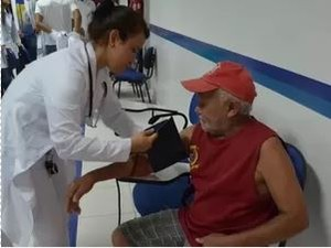 Técnico de enfermagem é uma vagas requisitadas pelo PAT Mogi Guaçu (Foto: Reprodução EPTV)