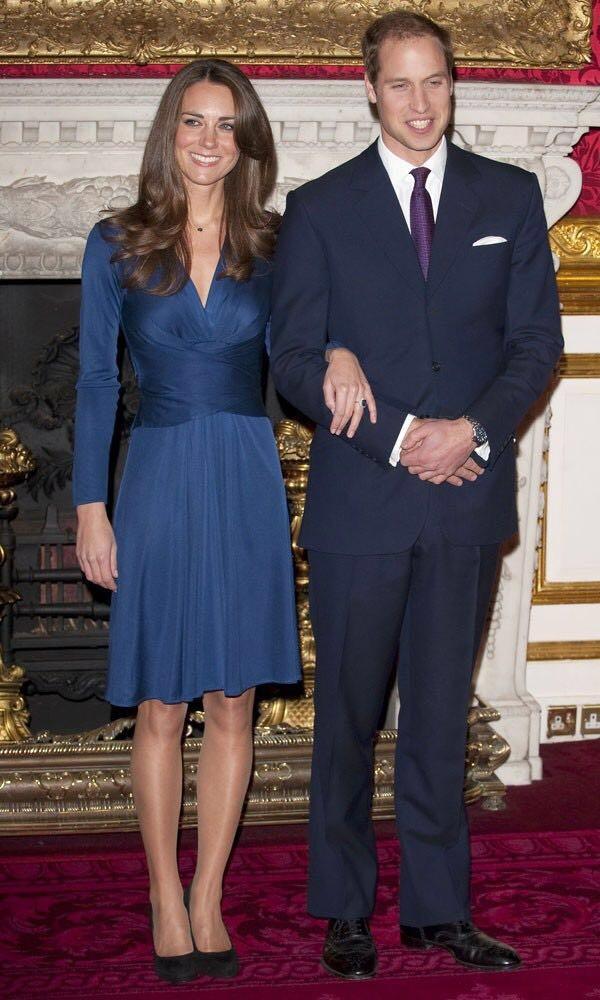 O vestido usado por Kate Middleton em seu noivado com o príncipe William foi criado por Daniella (Foto: Reprodução)