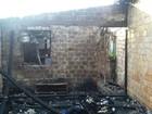 Curto-circuito provoca incêndio e casa fica destruída em RR, diz Bombeiros