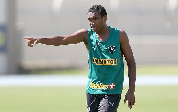Vitinho no treino do Botafogo (Foto: Satiro Sodré / Agif)