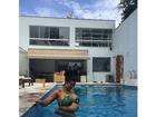 Naldo posta foto de Moranguinho exibindo o barrigão de grávida
