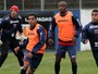 Edson quer aproveitar dinamismo para ser titular no Paran Clube