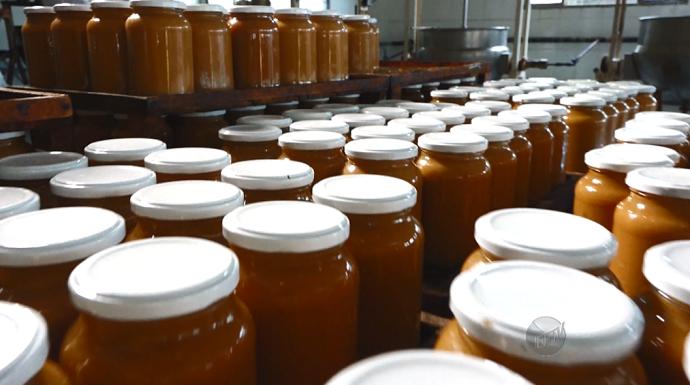 A produção dos doces caseiros vem crescendo, mas a tradição não é deixada de lado (Foto: reprodução EPTV)