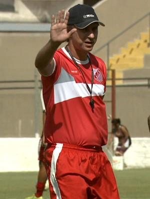 Ivan Baitello, técnico do Capivariano (Foto: Carlos Velardi/ EPTV)