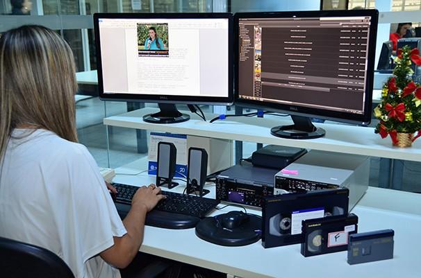 O Centro de Documentação (Cedoc) é responsável pelo arquivo de vídeos da TV Fronteira (Foto: Marketing / TV Fronteira)
