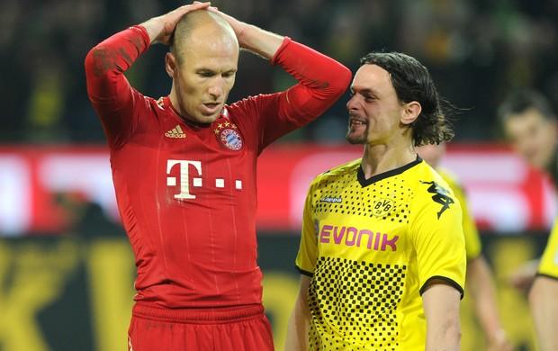 Robben Subotic Bayern de Munique Borussia Dortmund (Foto: AFP)