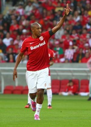 Fabricio Internacional gol Flamengo (Foto: Agência Getty Images)