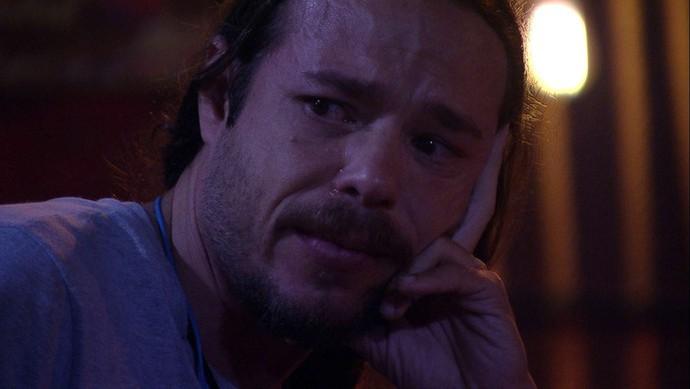 Tamiel chora e se emociona com surpresa do Anjo  (Foto: BBB)
