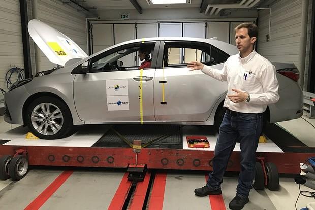Crash test Toyota Corolla 2017 Latin NCAP (Foto: Diogo de Oliveira/Autoesporte)