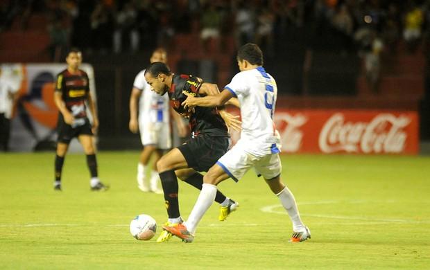 sport x pesqueira roger (Foto: Antônio Carneiro / Pernambuco Press)