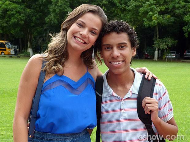 Milena Toscano e Cadu Pascoal nunca se apaixonaram por seus professores (Foto: Malhação/ TV Globo)