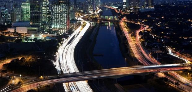 Apenas 27% das empresas brasileiras pretendem aumentar investimentos