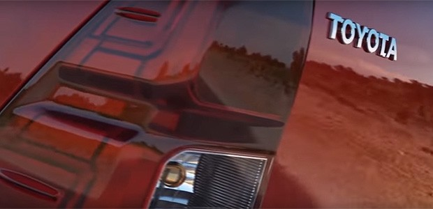 Toyota Hilux tem primeiro teaser divulgado (Foto: Reprodução/ YouTube)