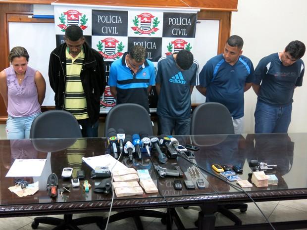 Polícia prende suspeitos de sequestro de filhas de vereador de Cubatão, SP (Foto: Antonio Marcos/G1)