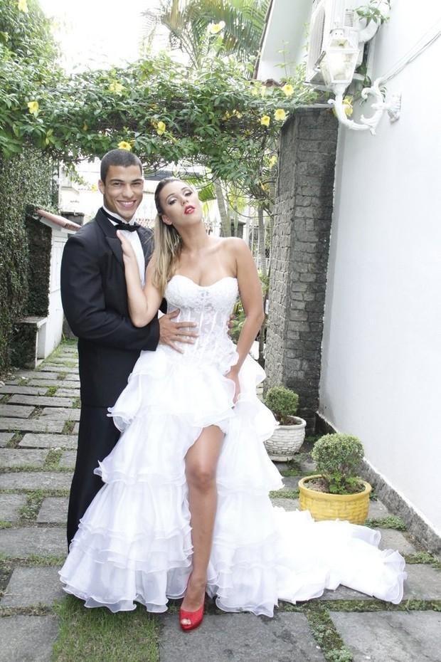 Ex-BBB Marien faz foto para uma revista de noivas (Foto: Anderson Farias/ Assessoria)