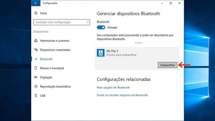 Início do emparelhamento entre notebook e caixa de som Bluetooth  (Foto: Reprodução/Raquel Freire)