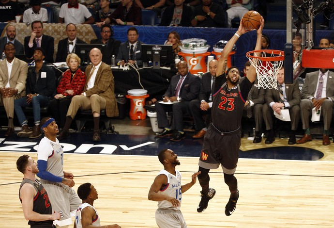 Anthony Davis brilha no All-Star Game com recorde de pontos do evento (Foto: Reuters)