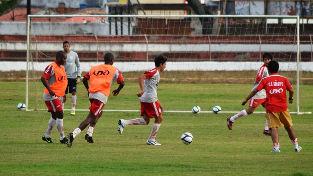 Sergipe já treina para o 2º turno do campeonato  (Foto: Felipe Martins/GLOBOESPORTE.COM/SE)