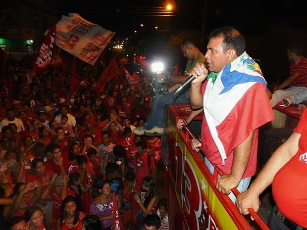 Novo prefeito de Maués disse que vai priorizar saúde e educação no município (Foto: Marcos Dantas / G1)