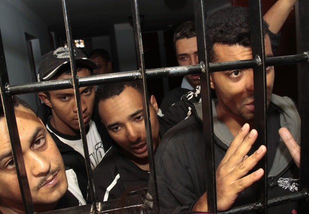 Bolívia pede ao Brasil antecedentes de torcedores do Corinthians presos