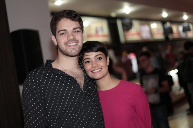 Sophie Charlotte com o irmão Ângelo (Foto: Isac Luz/EGO)