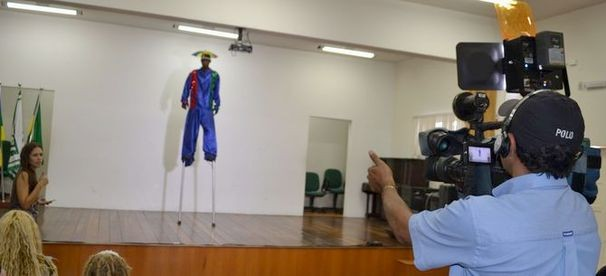 Produtora do Faustão, Taisa Gamboa, faz seleção de candidatos em Sergipe (Foto: TV Sergipe/ Divulgação)