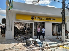Banco do Brasil de Condado ficou completamente destruído (Foto: Bruno Grubertt/TV Globo)