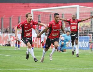 Gol do Brasil de Pelotas contra o Fortaleza Cleverson