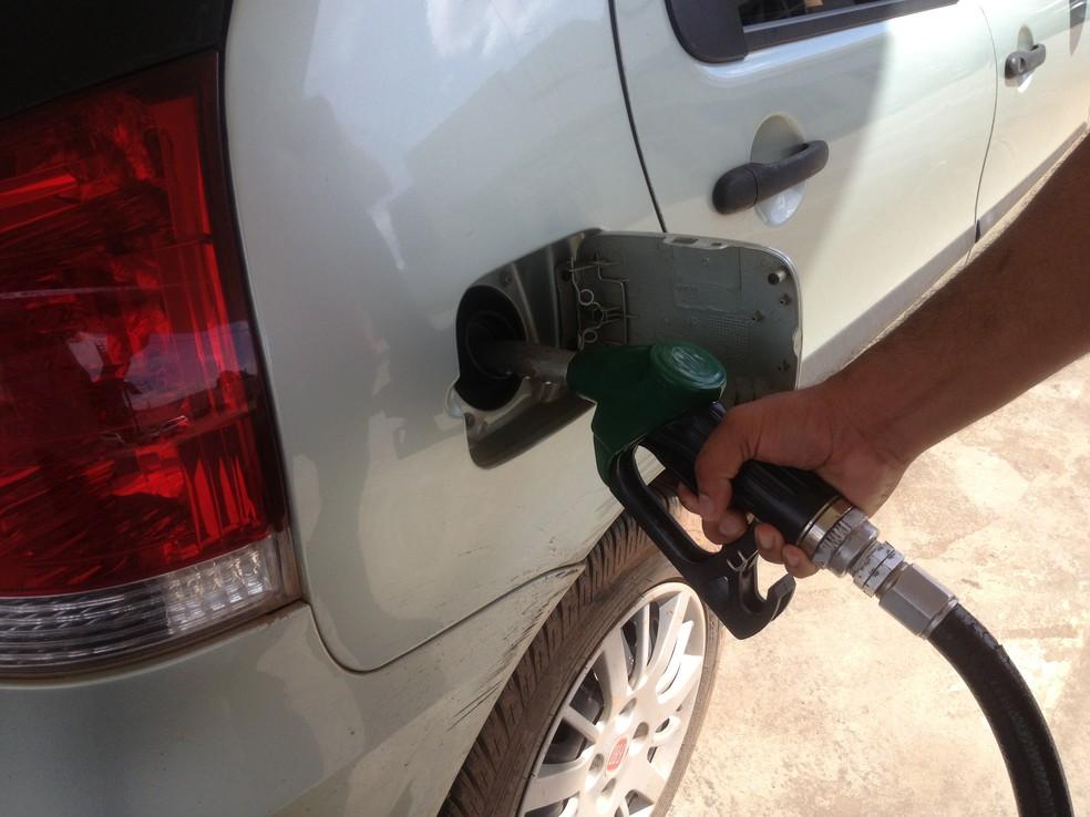 Preço da gasolina, nos postos de combustível de Porto Velho, apresentou queda no comparado dos meses de maio e abril deste ano (Foto: Ivanete Damasceno)