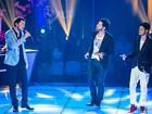 FOTOS: Gustavo Trebien e André e Kadu cantam Lulu Santos e técnico vai às lágrimas
