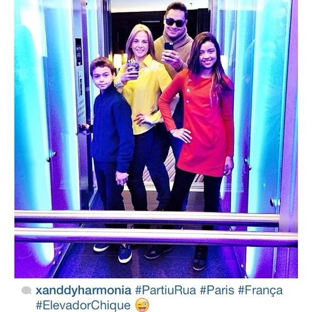 Xanddy e Carla Perez  com os filhos (Foto: Instagram / Reprodução)