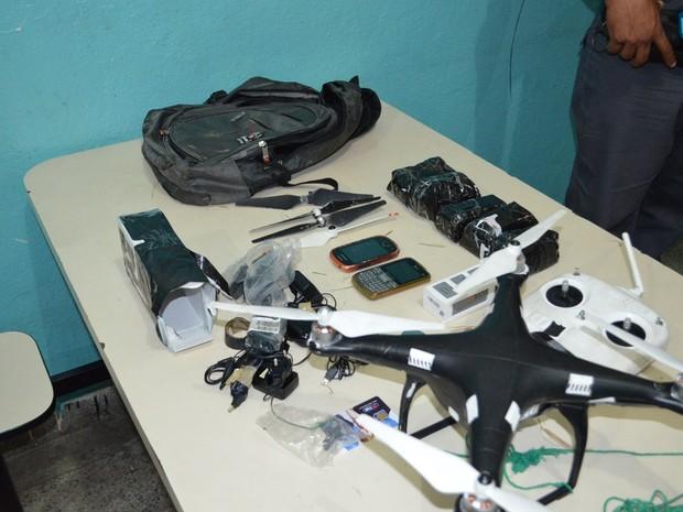 Drone carregava celulares, carregadores e fones de ouvido (Foto: Divulgação/SAP)