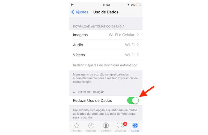 Ativando a economia de dados em ligações do WhatsApp para iPhone (Foto: Reprodução/Marvin Costa)