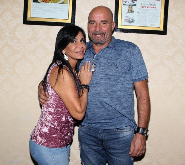 Gretchen e o marido português Carlos Marques (Foto: Thiago Duran/AgNews)