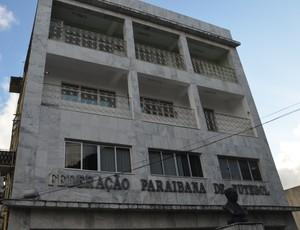 Fachada da Federação Paraibana de Futebol (Foto: Hévilla Wanderley / GloboEsporte.com/pb)