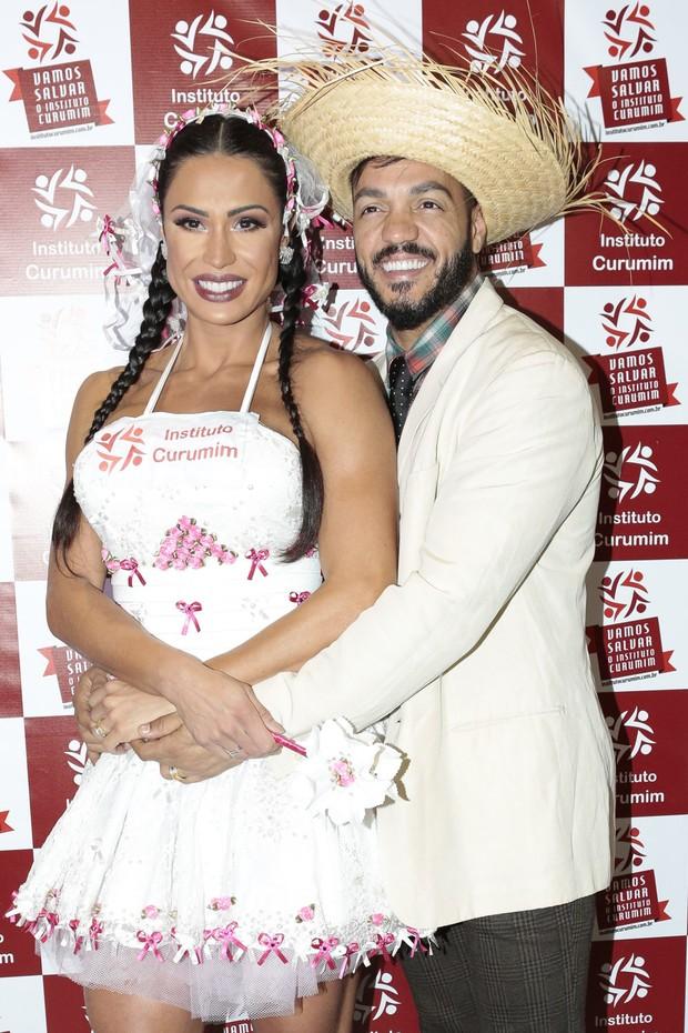 Gracyanne Barbosa e Belo (Foto: Rafael Cusato/Brazil News)