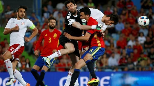 Espanha x Geórgia - Amistosos 2016-2016 - globoesporte.com 10d53c3916095