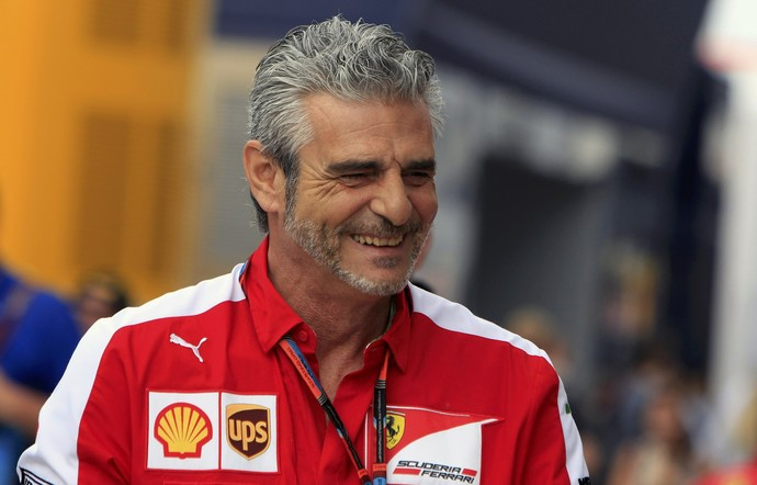 Maurizio Arrivabene, chefe da Ferrari, no GP da Hungria (Foto: AFP)